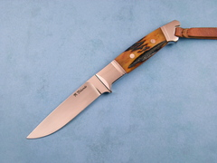 Custom Knife by Ricardo  Velarde