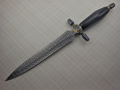 Custom Knife by Van  Barnett